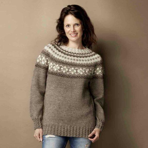 Opskrift til sweater med bærestykke i Cataluna