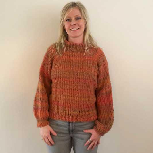 Lousiana Sweater fra PetiteKnit i Ofelia garn