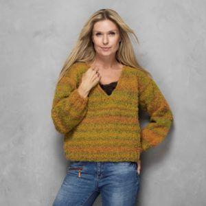 Oversize sweater med v-hals