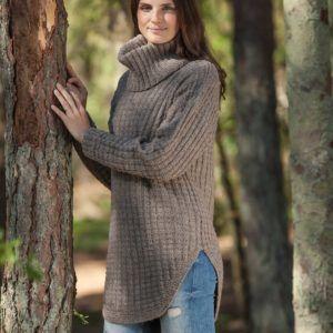 Strikkeopskrift på sweater med høj hals